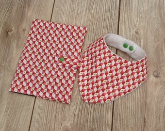 Protected health book and bandana.motifs geometriques.cadeau personalized baby bib