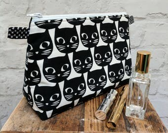 "Handmade Large Black Cat Make up Bag / Cosmetic Bag / Vanity Bag / Wash Bag. Fully lined - 25cm(10"")Wide, 18cm(7"")Tall by 10.5cm(4"")Deep"
