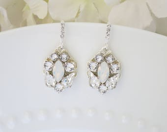White opal bridal earring, Swarovski rhinestone wedding earring, Simple crystal drop earring, Bridesmaid earring