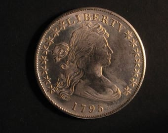 1795 United States Draped Bust SILVER DOLLAR REPLICA Coin