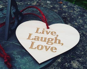 Wooden Heart On A String 'Live, Laugh, Love'