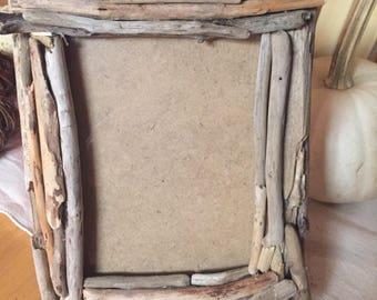 Driftwood Picture Frame / Rustic Frame / Beach Decor /