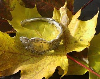 "Cuff Bracelet Ornate ""Columbia"" Mono"