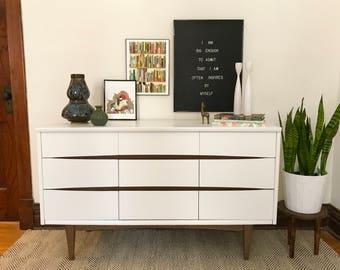 White Mid Century Modern Dresser//Refinished MCM Kroehler Lowboy//Vintage Mid-Century Modern Painted Credenza//White & Wood Two Tone Dresser