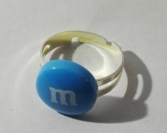 Blue acrylic m round ring