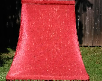 92.  Pretty Red Lampshade bead accent w/HARP