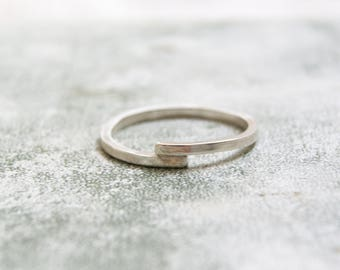 Silver Overlap Ring, Simple Silver Ring, Skinny Silver Ring, Square Wire Silver Ring, Crossover ring