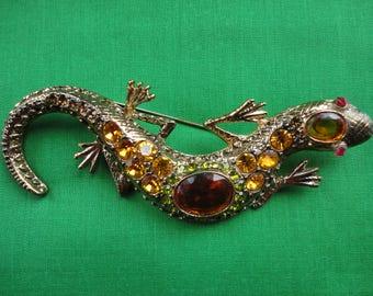 1960's Rhinestone Lizard Brooch
