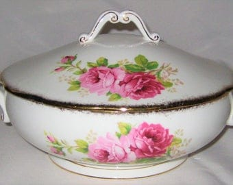 Royal Albert - Covered Vegetable Server