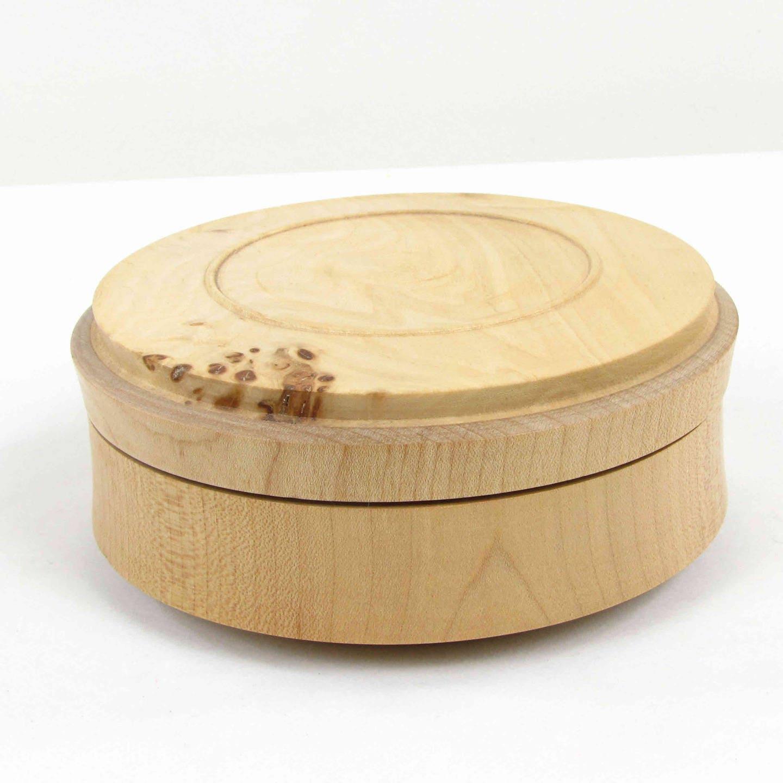 boite vide poche avec couvercle pot en bois de pays nature du. Black Bedroom Furniture Sets. Home Design Ideas