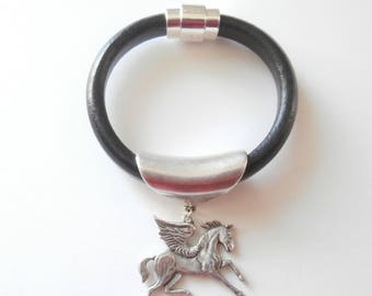 Pegasus natural leather bracelet
