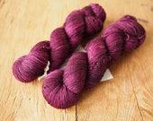 merino nylon sock hand dyed yarn Black Doris plum
