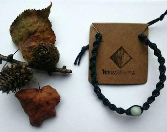 Macrame bracelet with Amazonite bead (green)