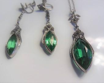 Collier & Boucles d'oreilles Art déco-Vintage 1930-1940 vert émeraude, Argent ***Livraison gratuite au Canada** Free shipping in Canada**