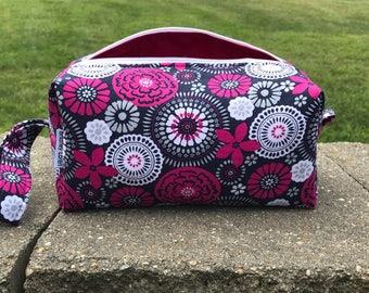 PGN- Cosmetic Bag, Makeup Bag, Travel Bag, Box Pouch