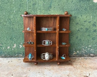 Vintage Miniature Hanging Wooden Display Knick Knack Shelf   Jewelry Holder   Vanity