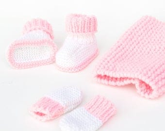Booties, mittens and snood for 30 to 36 cm doll