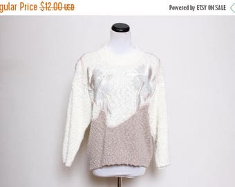 30% OFF VTG 80s-90s Shabby Fuzzy Flower Cream Beige Novelty Sweater M/L