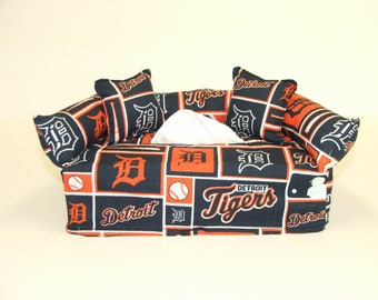 Detroit Tigers MLB Licensed fabric tissue box cover.