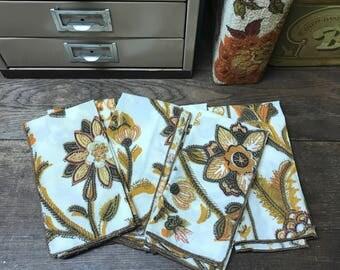 Vintage Cloth Napkins Set of 6 Retro Floral Awesome!