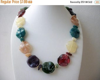 ON SALE Retro Colorful Wavy Marbleized Plastic Beads Necklace 61717
