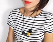 Geometric Necklace - Grey...
