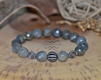 Labradorite Bracelet, Gemstone Bracelet, Beaded Bracelet, Gift Idea, Gift for Her, Fancy Bracelet, Women's Bracelet, Jewelry