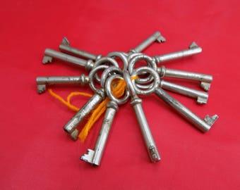 Vintage Keys lot 11 pcs. Wholesale Antique Keys for craft and decor. Old skeleton keys. Soviet Flat keys Russian Metal keys Metal Alloy Keys