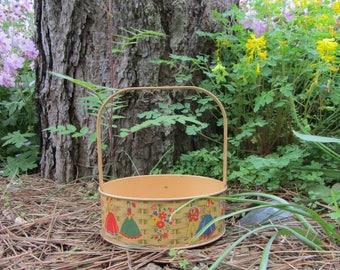 "Vintage Tin Litho Basket Victorian Couples ""Lander"" Fragrance Gift Basket Collectible Nostalgic Shabby Chic Art Metal Decor Vanity Gift"