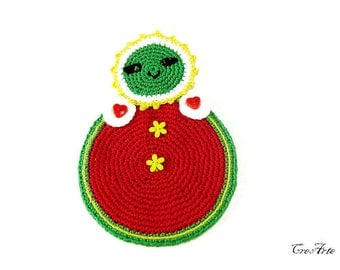 Red and Green crochet Matrioshka potholder, presina Matrioshka verde e rossa all'uncinetto
