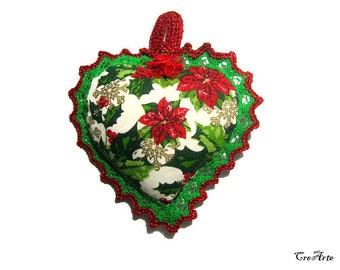 Christmas fabric heart with Green  and Red lace, Christmas heart pincushion, Cuore di stoffa di Natale con pizzo rosso e verde