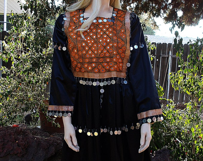 Vintage 60s Op Art Bohemian Festival Gypsy Tribal Beads Black Silver Gold Embroidered Metal Mirrors Womens Knee Length Hippie Dress