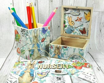 Peter Rabbit Gift Set, incs Door Plaque, Keepsake Box, & Pencil Pot