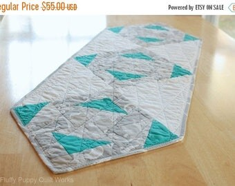 ON SALE Modern Table Runner, Gray White Teal Quilted Table Mat, Blue Green Table Decor, Gray Table Quilt, Modern Centerpiece, Buffet Runner