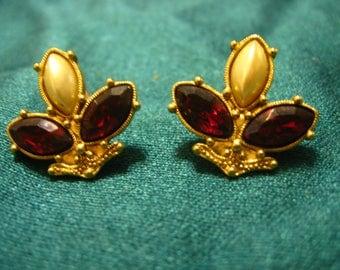 Vintage 1928 JewelryFaux Ruby & Pearl Earrings - Stylized Fleur-de-lis Design GORGEOUS!!