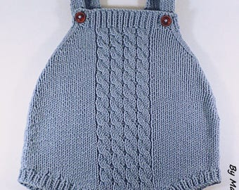 Romper baby (0-3 months) with a wire hand knitted super soft cotton Merino sky blue