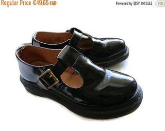 Vintage The Original Doc Martens, Back Shiny Dr. Martens Mary Janes Sandals, Hipster, Size 5 UK, 38 EU, 7 US
