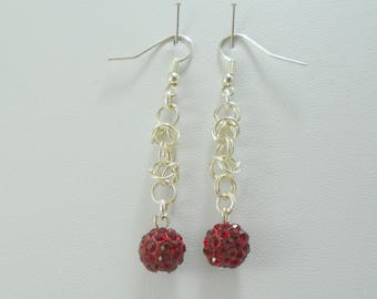 Red Earrings, Burgundy Earrings, Chainmaille Earrings, Red Crystal earrings, Elegant earrings, Burgundy Drop earrings, Red Beaded Earrings