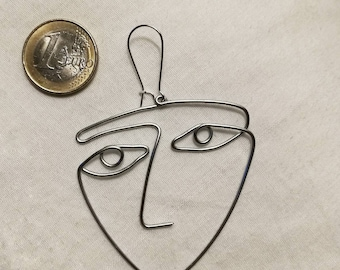 One line face Earring Martin