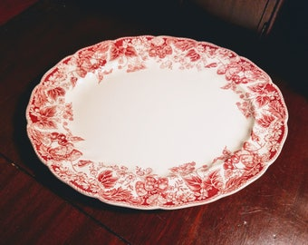Strawberry Fair by Johnson Brothers Oval Serving Platter Made in England