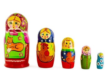 """6"""" Set of 5 Girls with Cat, Rooster and Duck Animals Russian Nesting Dolls"""