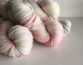 Bamboo Sock Hand Dyed 80/20 Merino Bamboo Ching Sock Fingering 4 ply Knitting Yarn Galah