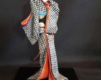 Japanese Washi Paper Doll : Nihon Ningyo Kazuko
