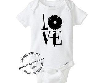 Love Steampunk Baby Onesie. Baby Clothes, Baby Boy, Baby Girl, Baby Shower, Pregnancy Announcement