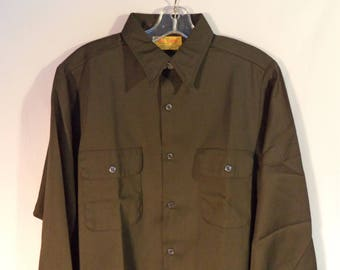Deadstock 60s-70s BIG YANK Work-mates shirt// Vintage USA union made army green khaki button down// Men's size medium 42 large
