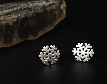 Sterling silver snowflake earrings, silver snowflake stud earrings
