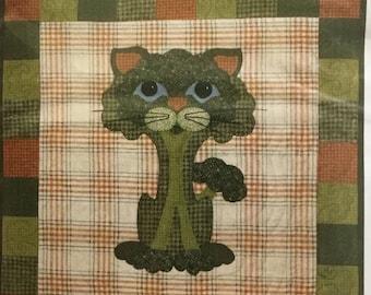 Broc-Kitty Garden Patch Cats quilt block