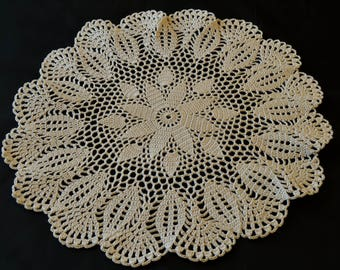 Ecru 39 cm in diameter crocheted doily