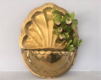 Vintage Brass Planter, Brass Plant Hanger, Brass Wall Planter, Brass Planter, Boho Planter, Brass Wall Hanging Flower, Vintage Brass