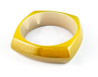 Gorgeous Square Lucite Bangle with Yellow Exterior and Ivory Interior